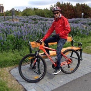 Bicicleta en Islandia. Jordi Pujolà